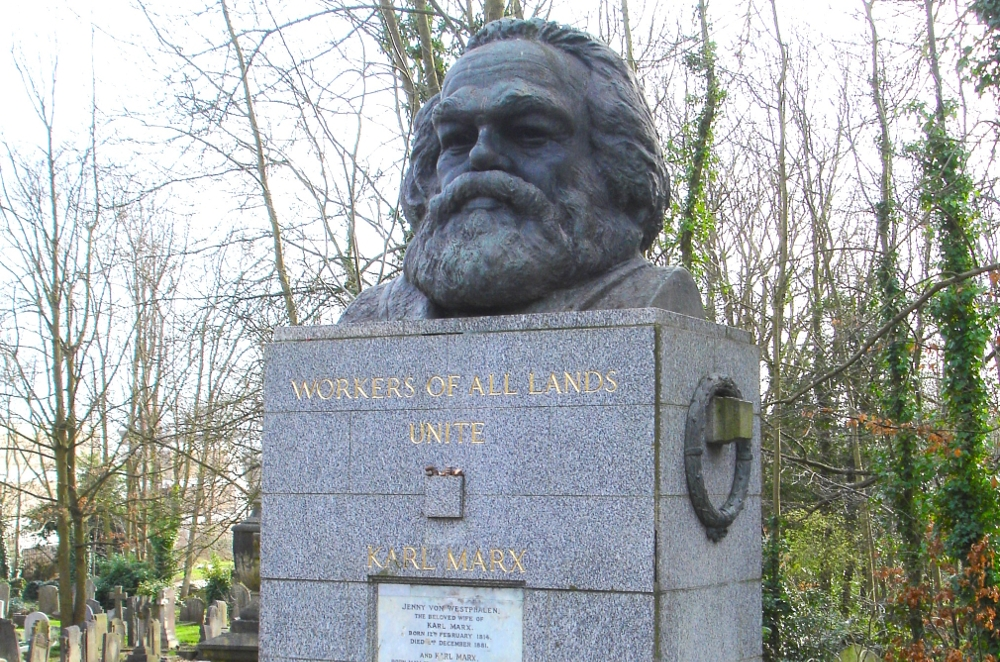 Das Grab von Karl Marx in London.|John Armagh/wikimedia
